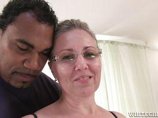 Порно бабушек с неграми