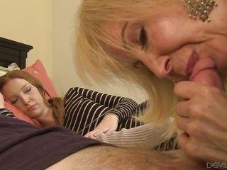 Порно зрелая теща