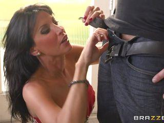 Порно в красивых платьях